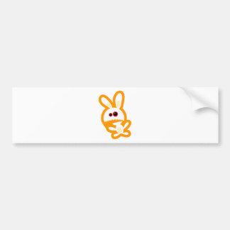 Conejito enojado etiqueta de parachoque