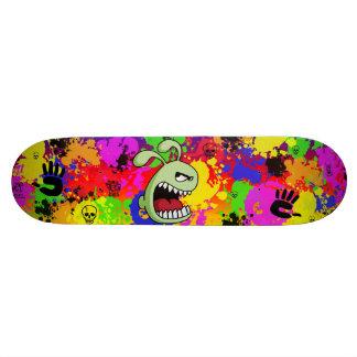 Conejito enojado skateboard