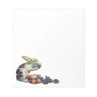 Conejito, huevos y flores de pascua del Victorian Bloc De Notas