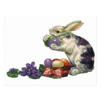 Conejito, huevos y flores de pascua del Victorian Postal