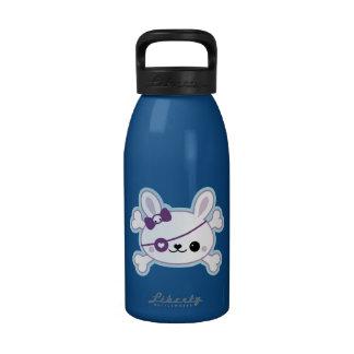 Conejito lindo del pirata botella de agua reutilizable