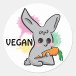 Conejito lindo gris del vegano con el sello del pegatinas redondas