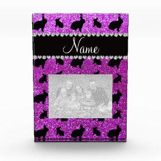 Conejito púrpura de neón conocido personalizado de