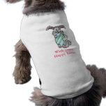 Conejito que abraza un huevo camisa de perrito