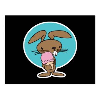 conejito que come el helado postales