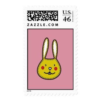Conejito rosado del amarillo del conejito