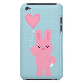 Conejito rosado lindo barely there iPod cárcasas