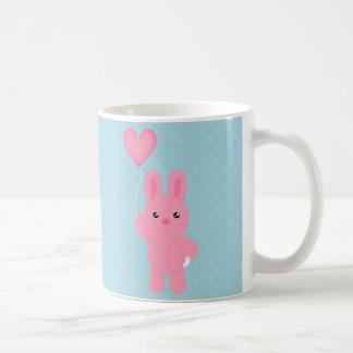 Conejito rosado lindo taza
