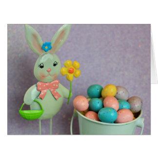 Conejito y huevos de pascua tarjeta de felicitación grande