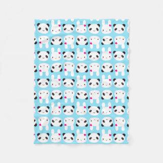 Conejito y panda lindos estupendos de Kawaii Manta De Forro Polar