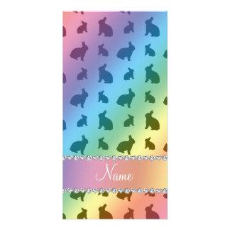 Conejitos conocidos personalizados del arco iris tarjeta fotográfica