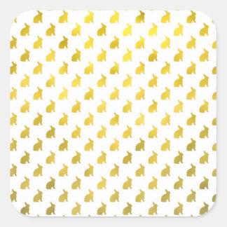 Conejitos de la hoja del fondo amarillo del pegatina cuadrada