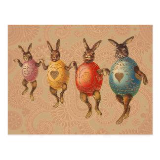 Conejitos de pascua del vintage que bailan con los tarjetas postales