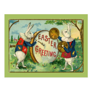 Conejitos de pascua lindos con el huevo de Pascua Tarjeta Postal