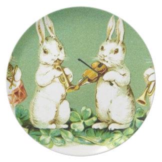 Conejitos de pascua musicales del vintage platos para fiestas