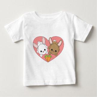 Conejitos del amor t-shirt