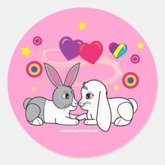 Conejitos en amor etiqueta redonda