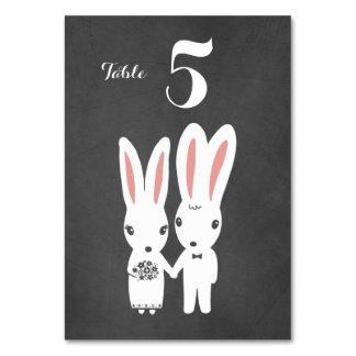 Conejitos que casan la tarjeta de la tabla del