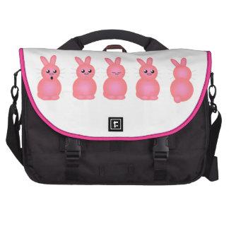 Conejitos rosados bolsas para portátil