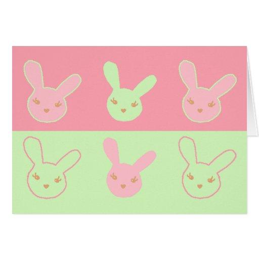 Conejitos rosados y de menta tarjeta de felicitación