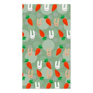 Conejitos y zanahorias de pascua tarjetas de negocios