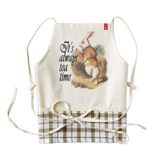 Conejo blanco Alicia en arte del vintage del país Delantal Zazzle HEART