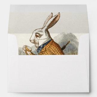 Conejo blanco de Alicia en arte del vintage del Sobres
