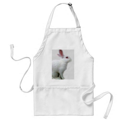 Conejo blanco delantal