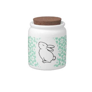 Conejo blanco orgulloso plato para caramelo