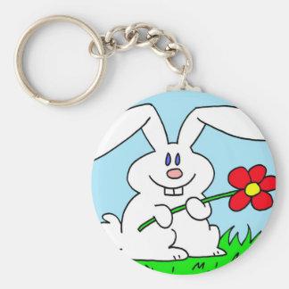 conejo con la flor llavero