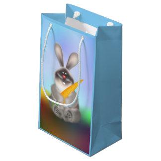 Conejo con la zanahoria bolsa de regalo pequeña