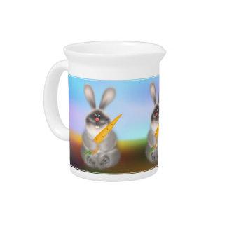 Conejo con la zanahoria jarra de beber