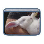 Conejo de conejito blanco del sueño funda macbook air