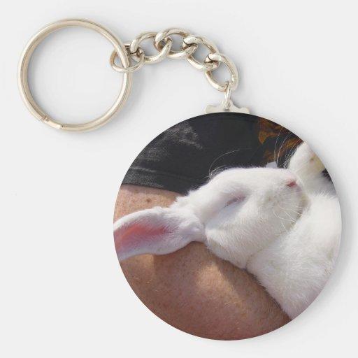 Conejo de conejito blanco del sueño llavero