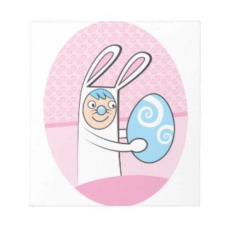 Conejo de conejito lindo con el huevo de Pascua Libretas Para Notas