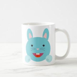 ¡Conejo de conejito lindo, salto a él! Taza