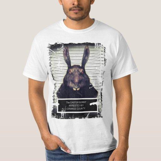 Conejo de conejito malvado de pascua polera