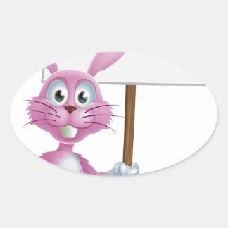 Conejo de conejito rosado con la zanahoria y la mu pegatina de óval personalizadas