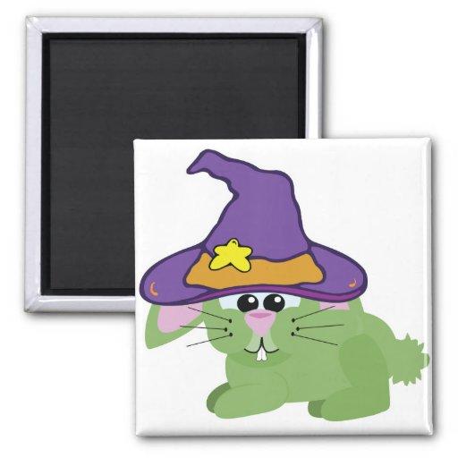 conejo de conejito verde de los goofkins witchy imán cuadrado