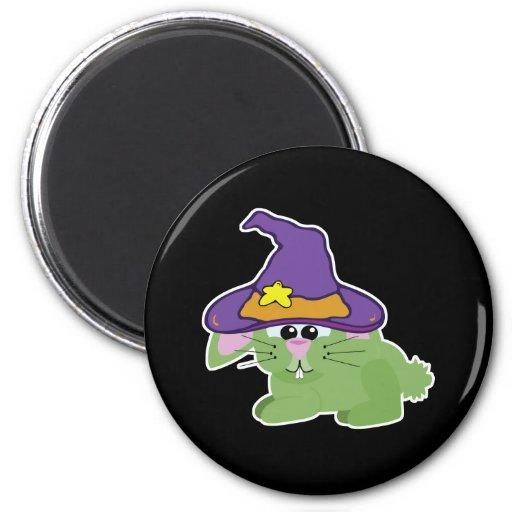 conejo de conejito verde de los goofkins witchy imán redondo 5 cm