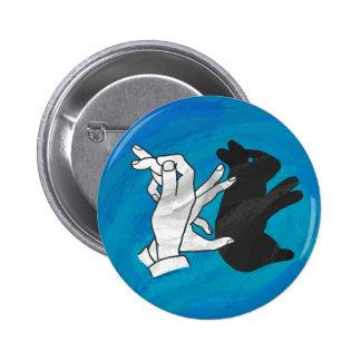 Conejo de la sombra en azul chapa redonda 5 cm