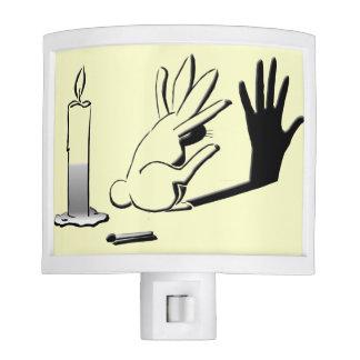Conejo de la sombra por lightillusions.com luz de noche
