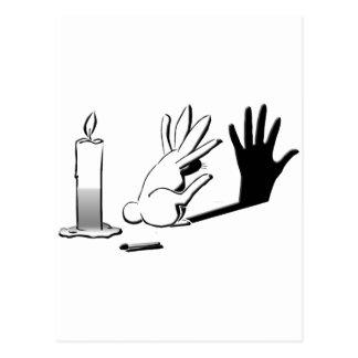 Conejo de la sombra por LightIllusions.com Postal