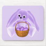 Conejo de Pascua de la lila Tapetes De Ratones