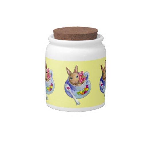 Conejo de Pascua en taza de té Jarra Para Caramelo