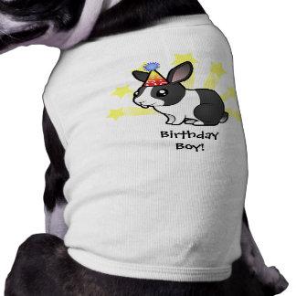 Conejo del cumpleaños (pelo liso del oído uppy) playera sin mangas para perro