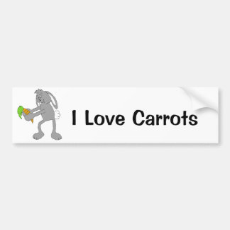 Conejo del dibujo animado con la zanahoria pegatina de parachoque