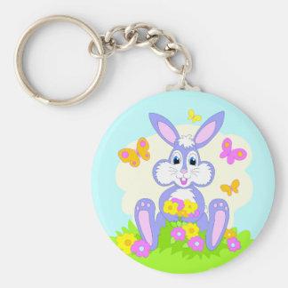 Conejo feliz del dibujo animado de las flores de llavero redondo tipo pin