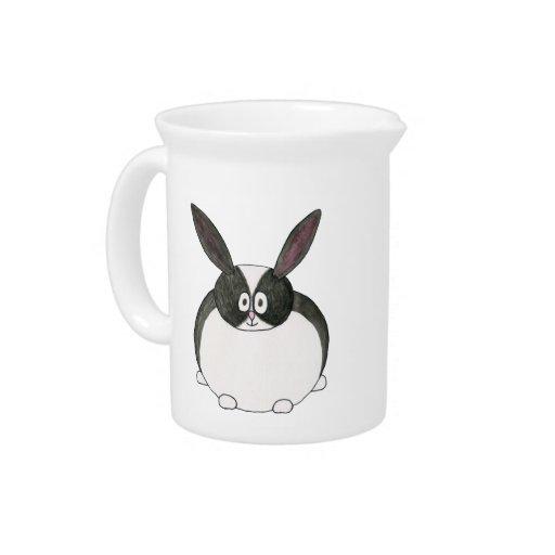 Conejo holandés blanco y negro jarron