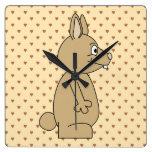 Conejo marrón claro lindo relojes